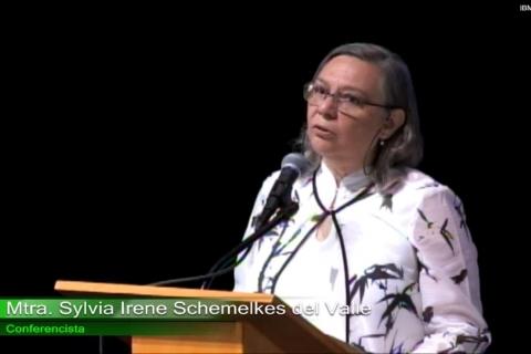 Impartida por la Mtra. Sylvia Irene Schmelkes del Valle.