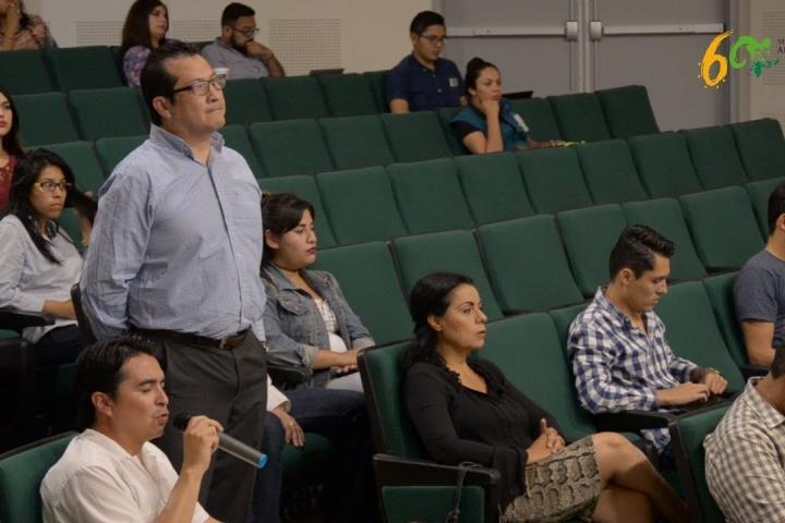 Embedded thumbnail for Diplomado: Oratoria, Liderazgo y Comunicación para Transformación Política
